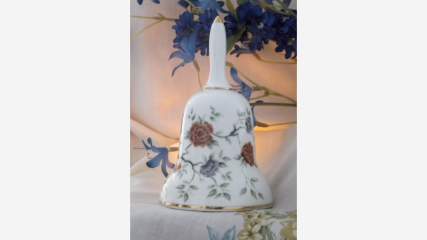 Fine-Bone-China Decorative Bell with Floral Design