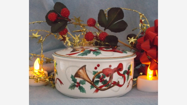 "MIKASA ""Maxima Jubilation"" Porcelain Candy Dish - Free Shipping!"