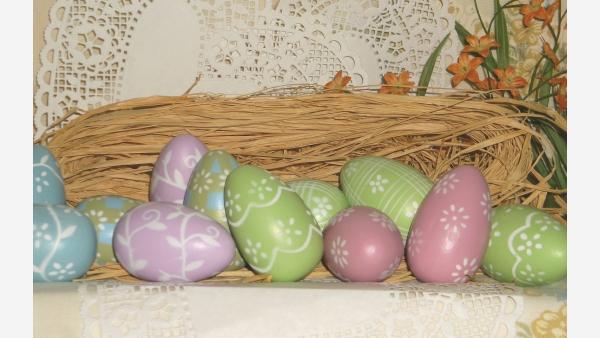 Set of Pastel Decorative Easter Eggs - Original Box Included