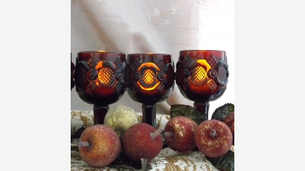 home-treasures.com - Avon Vintage Goblets - Set of 6 - Free Shipping!