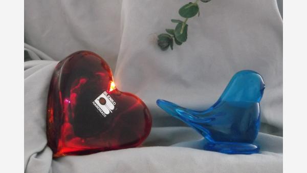 Bluebird-of-Happiness Bird Figurine - Collectible