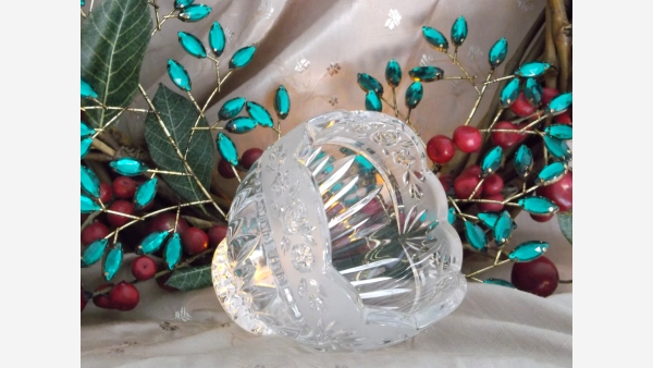 home-treasures.com - Crystal Frosted-Rim Votive - Free Shipping!