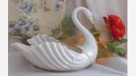 Lenox Porcelain Swan Figurine/Dish - A Fine Gift!