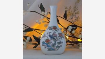 """Wedgwood Vase - """"Kutani Crane"""" Design - Free Shipping!"""