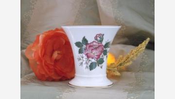 """Wedgwood Bone-China Vase - """"Charnwood"""" Pattern - Free Shipping!"""