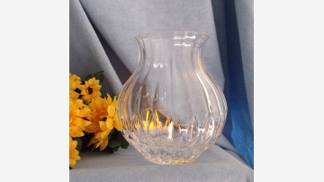 """Bretagne"" Crystal Vase - Gracefully Shaped - Free Shipping!"