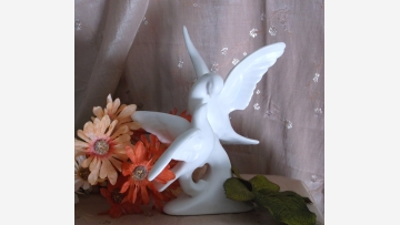 Wedding Figurine -- Graceful Doves -- Free Shipping!