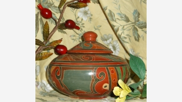Nicaraguan Pottery - A Lovely Gift Item! - Free Shipping!