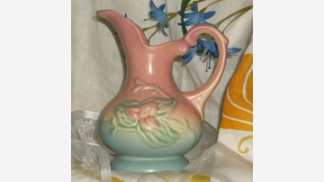 "Vtg. HULL Ewer - ""Wildflower"" - Free Shipping!"
